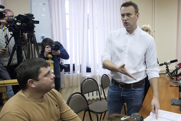 Navalny's Guilty Sentence, the Kremlin's Meddling in France, and Legacy of the Soviet Camp