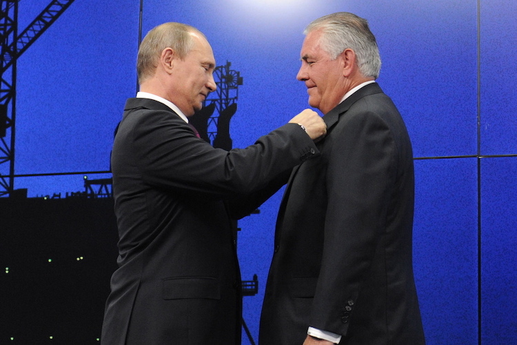Tillerson and Putin, Navalny's Presidency Bid, and the Greatest Myths about USSR